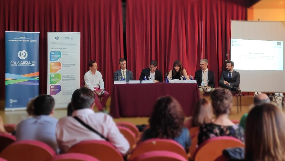 """Jornada Técnica sobre """"Solicitudes de Reembolso (SPB) y cumplimiento de los hitos de ejecución de las Estrategias DUSI"""", celebrada en Cieza"""